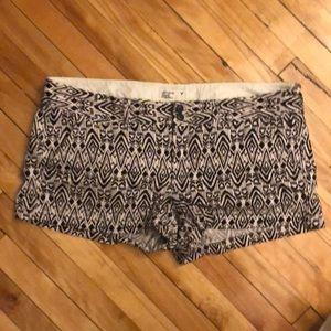 American Eagle printed short shorts